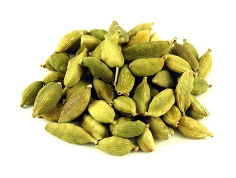 cardamom green cardamom pods savory spice