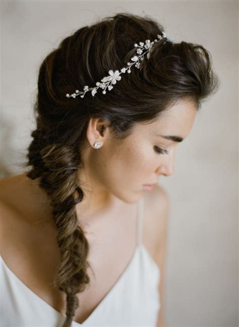 Wedding Hairstyles For Bridesmaids With Hair by 20 Gorgeous Hairstyles For Bridesmaids