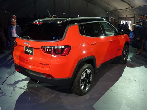jeep compass interni la jeep compass vista da vicino
