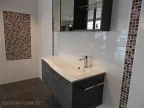 Ordinaire Deco Faience Salle De Bain #4: attrayant-idee-deco-faience-salle-de-bain-0-deco-salle-de-bain-carrelage-noir-et-blanc-peinture-921x690.jpg