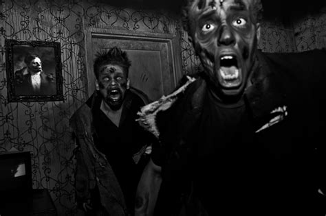 erebus haunted house erebus haunted house in michigan is one of the world s largest theme park university