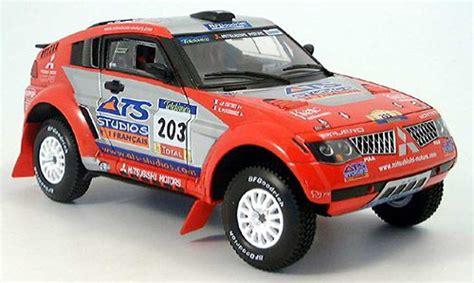 Kaos Rally Dakar Mitsubishi Pajero mitsubishi pajero evolution rally dakar car die cast