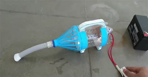 How To Vacuum | how to make a vacuum cleaner using bottle easy craft ideas