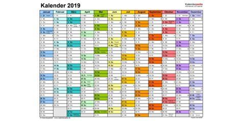 jahreskalender  zum bearbeiten kalender plan