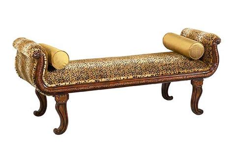 bt 279 traditional bench seat with animal print accent