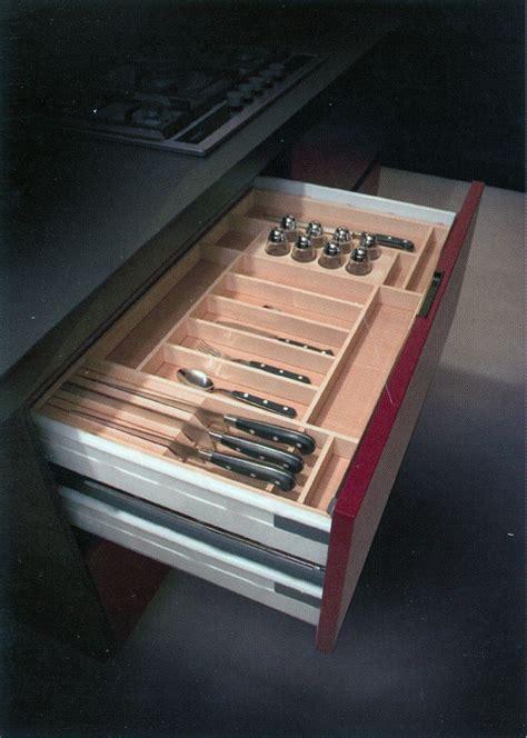 accessori per cassetti cucina falegnameria riganti bergamo mobili su misura treviglio