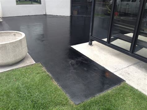 can epoxy be used for outdoor flooring uses