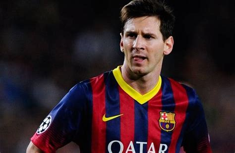 lionel messi biography com sporteology top 12 most popular soccer players famous
