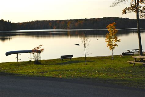 lake wallenpaupack boat rentals the boat shop hiking boating golfing and family time in the pocono