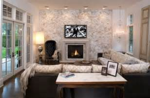 How to pull off an eclectic look in a living room