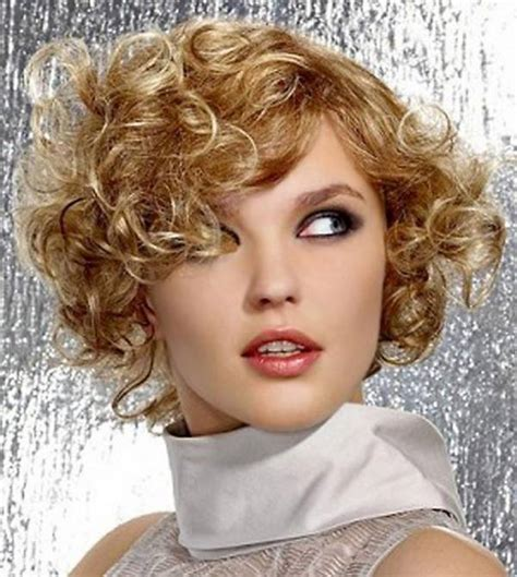 best hairstyle for round face curly hair short hairstyles for curly hair and round face fashion