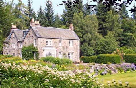Cottages In Perthshire by Brewlands Lodge Luxury Large House In Perthshire