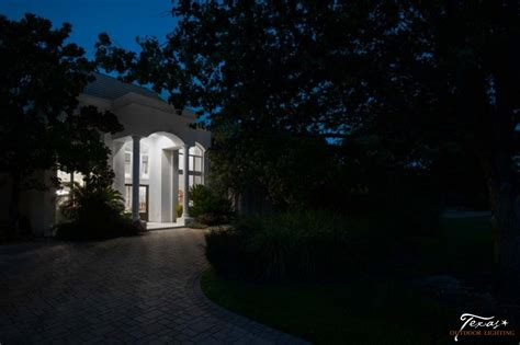 Before And After Lighting Gallery Texas Outdoor Lighting Landscape Lighting Tx