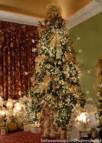 Decorating A Victorian Home 30 exquisitely stunning victorian christmas decorating
