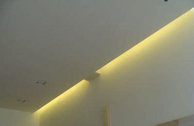 Led Leisten Indirekte Beleuchtung by Led Leisten Led Lichtleiste Lichtschlauch Beleuchtung