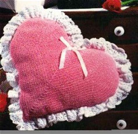 free crochet pattern heart pillow crocheted heart pillow allfreecrochet com