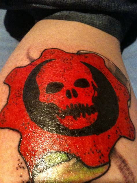gears of war tattoo gears of war by encryptioncsta on deviantart