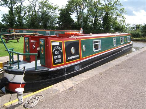 weaver boats the brown weaver canal boat operating out of alvechurch