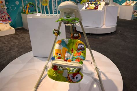 fisher price woodland swing fisher price woodland friends cradle and swing 120 new