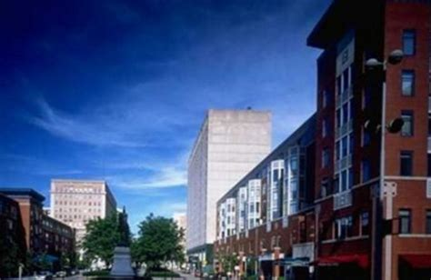 National Corporate Housing by Gramercy On Garfield Cincinnati Oh