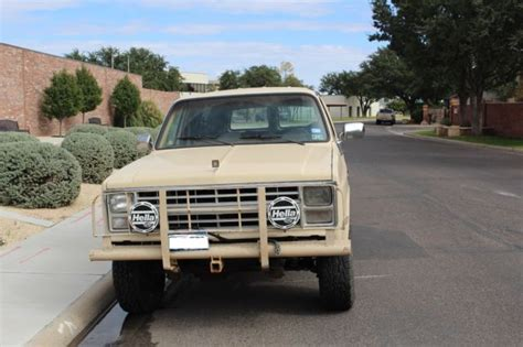 1984 chevy suburban 4x4 new motor trans for sale