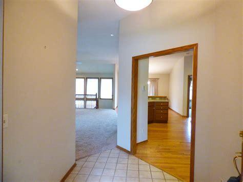 2533 N Hazelwood St Wichita KS   McCurdy Auction   Real
