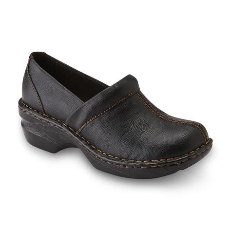 wide comfort shoes i love comfort women s legacy pump wide width black