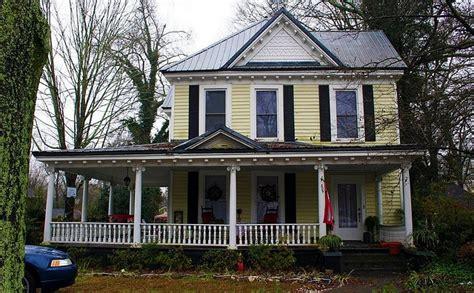 folk victorian folk victorian victorian style home pinterest