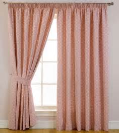 4 styles of bedroom window curtains