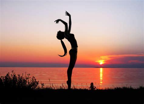 imagenes de fondo yoga ejercicios de yoga hd 3831x2762 imagenes wallpapers