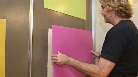 decorar armario decorar las puertas de un armario con paneles de colores