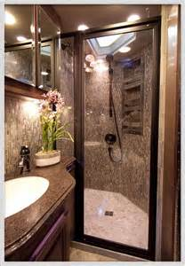 Rv With Bathroom by Motorhome Shower Of Cing