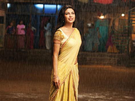 priyanka chopra agneepath photos priyanka chopra in agneepath wallpapers hd wallpapers