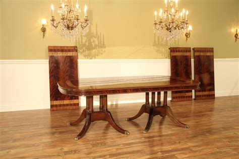 large  foot mahogany dining table seats  people