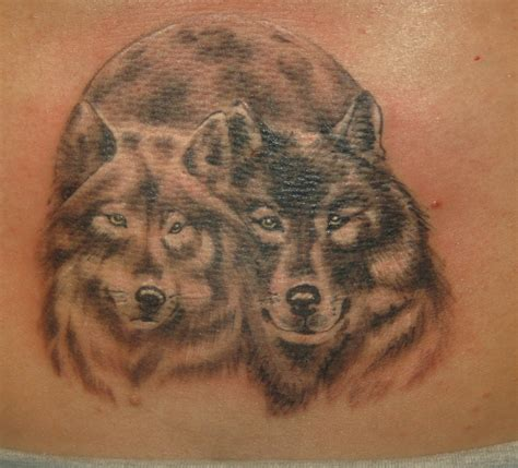 pair tattoos top wolf pair images for tattoos