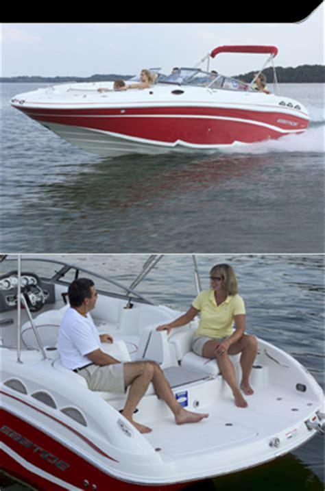 bowrider vs boat deck boat vs bowrider boatingabc