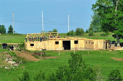 Barns In Maine Amish Barn Raising Easton Maine