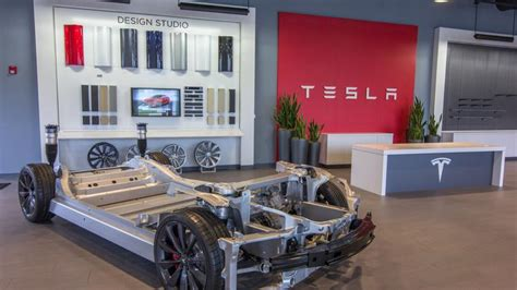 Tesla Dealership Los Angeles The And A Test Drive At S New