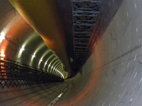 secteur de saverne chantier du lgv est le tunnel ferroviaire de saverne est totalement