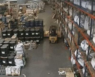 decision  drive  forklift   tight space