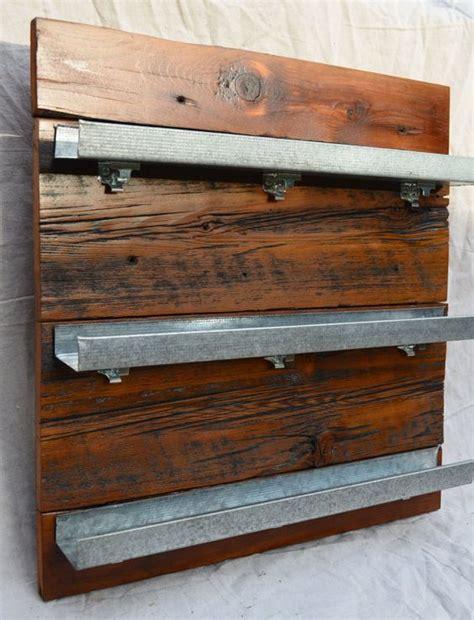 Diy Wooden Spice Rack by Best 25 Diy Spice Rack Ideas On Spice Racks