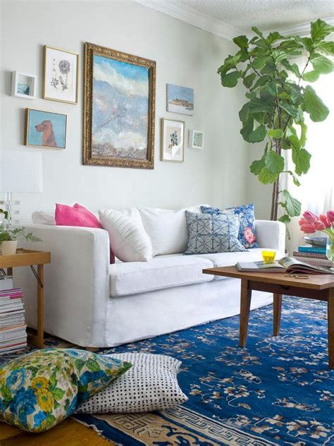 Homestyle Mi Pillows by 17 Stylish Boho Chic Designs Hgtv