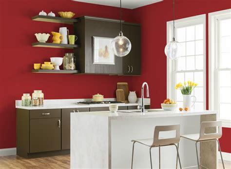 cocina peque 241 a decorada en rojo colores de la pared de la cocina en gabinetes colores