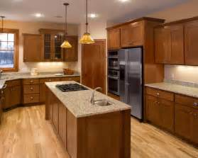 Oak Cabinets Kitchen Design Best Oak Kitchen Cabinets Design Ideas Remodel Pictures Houzz