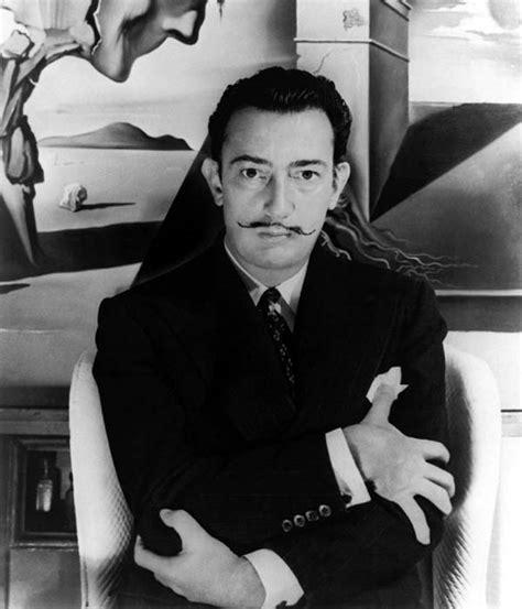 biography of dali in spanish legendary spanish painter salvador dali talking experience