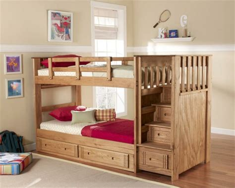Bett Mit Treppe by W 228 Hlen Sie Das Richtige Hochbett Mit Treppe F 252 Rs Kinderzimmer