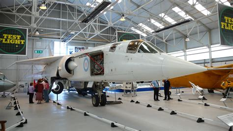 100 floor building with bomb what to do fichier tsr2 cosford 2007 jpg wikip 233 dia