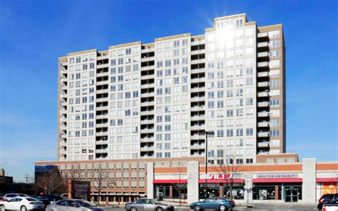 evanston s 415 premier apartments sold by kkr to crescent