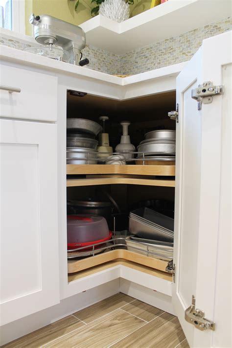 Wellborne Cabinets by Wellborn Cabinet Wellborn Cabinet Inc