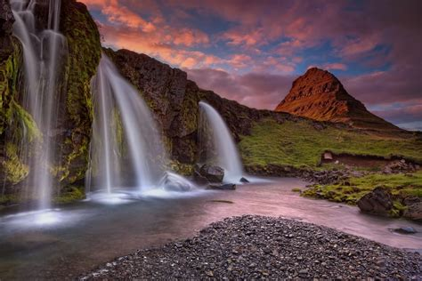 beautiful places on earth iceland may just be the most beautiful place on earth 17